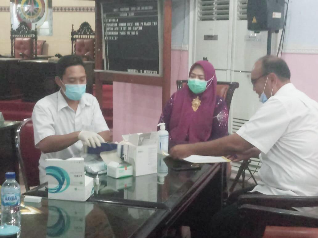 50 Anggota DPRD Kabupaten Mojokerto Lakukan Rapid Test, Bagaimana Hasilnya ?