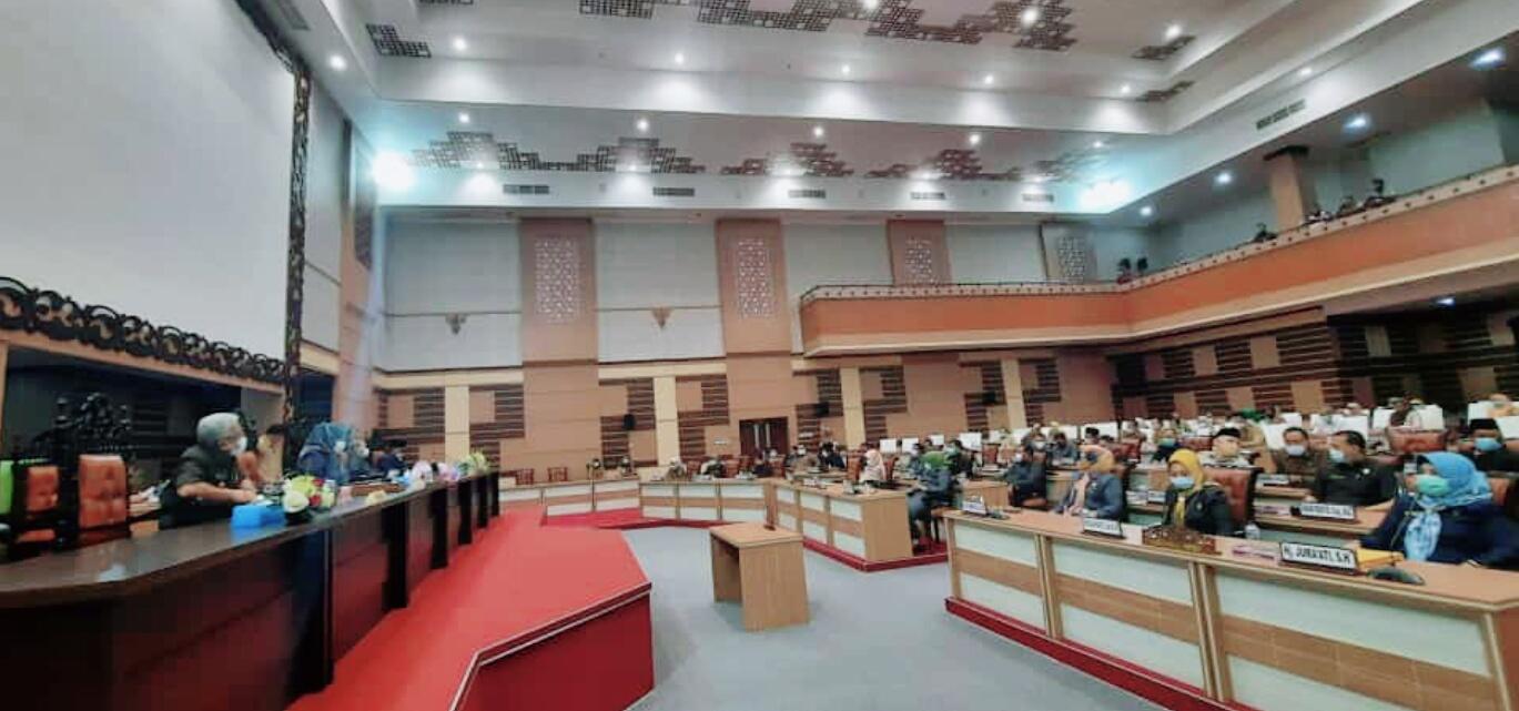 DPRD Kabupaten Mojokerto Sahkan Perda APBD Tahun Anggaran 2021
